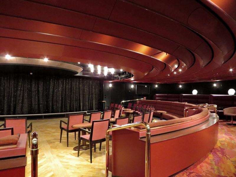 Queen's Lounge.JPG